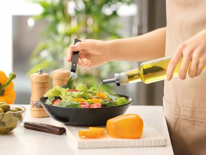 """L'olio di oliva: ruolo nell'aumento del colesterolo hdl e nella promozione del benessere muscolare"""""""